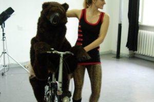 Rosalie, der Tanzbaer aus dem Cirque du Slay